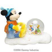 Mickey & Donald animated snowglobe