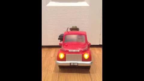 Gemmy animated Doggone Going Fishing Truck