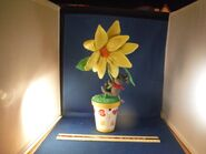 Moving Dancing Flower W Mouse ''You Make Me Feel Like Dancing'' Music Box