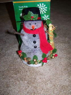 North Pole Productions Musical Snowman with Lights 3