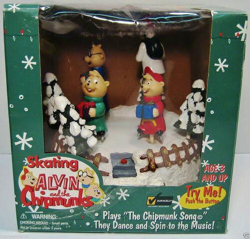 File:Skating Alvin and the chipmunks.jpg
