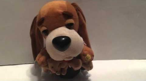 Gemmy 2003 Singing & Dancing Hound Dogs Movie Elvis Sings ''(Let Me Be Your) Teddy Bear''