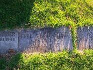 Schneider-Emil tombstone
