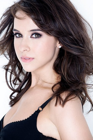 File:Lacey Chabert Profile.png
