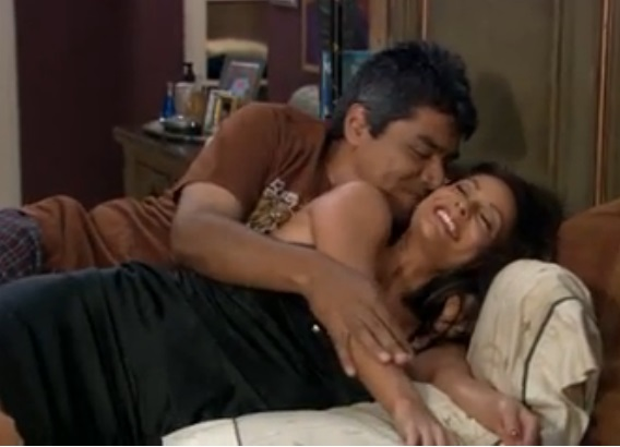 File:Ep 5x6 - George and Angie's song.jpg