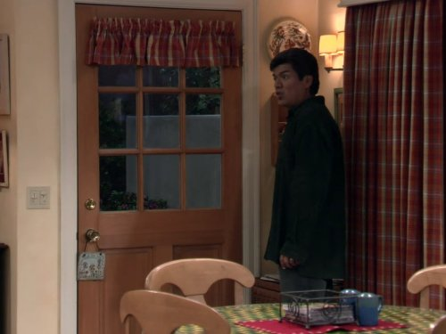 File:Ep 3x15 - George's concern about Mr. Needles.jpg