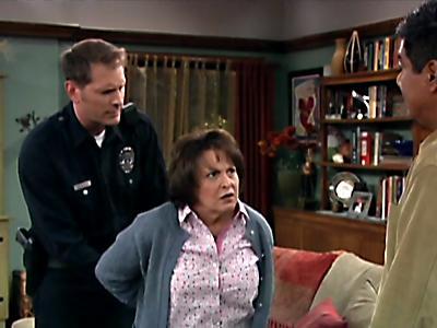 File:Mom-arrest.jpg