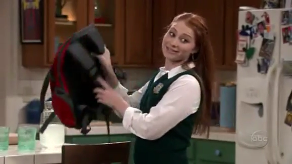 File:Ep 4x6 - Candace Morley as Hayley.png