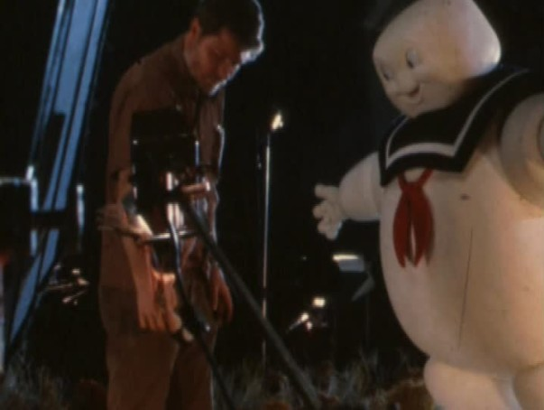 File:StayPuftMarshmallowMan99SFXTeamFeaturette04.jpg
