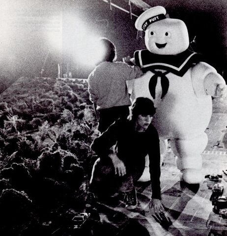 File:StayPuftMarshmallowManProduction08.jpg