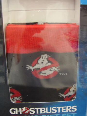 File:GhostbustersAnswerTheCallWalmartSocksGiftSet06.jpg