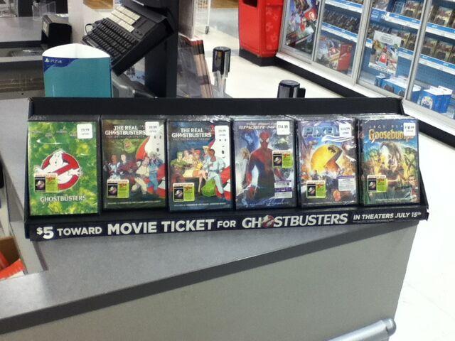 File:GB2016 Movie Ticket Offer DVD Display Toys R Us.jpg
