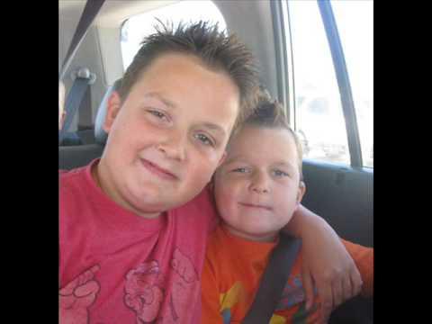 File:Gibby and Guppy.jpg