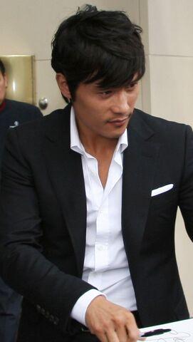 File:Byung-hun Lee.jpg