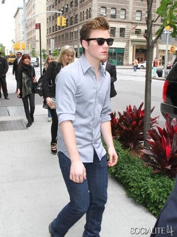 File:Chris-colfer-strolls-through-new-york.jpeg