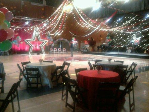 File:Prom decorations 2.jpg