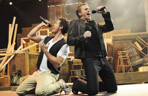 Datei:Glee-Neil-Patrick-Harris.jpg