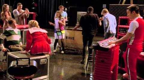 "Full Performance of ""Closer"" from ""Feud"" GLEE"