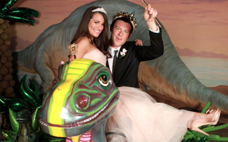 File:FinchelProm.png
