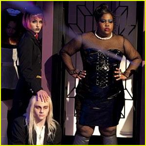 File:Glee-rocky-horror-behind-the-scenes-look.jpg