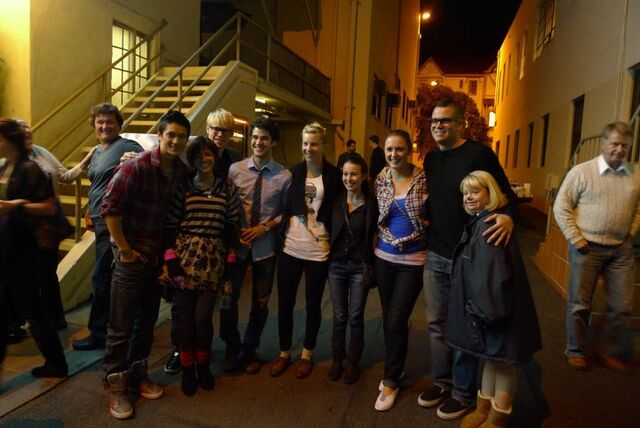File:With the glee cast..jpg