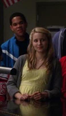File:Glee1x16-00125.jpg