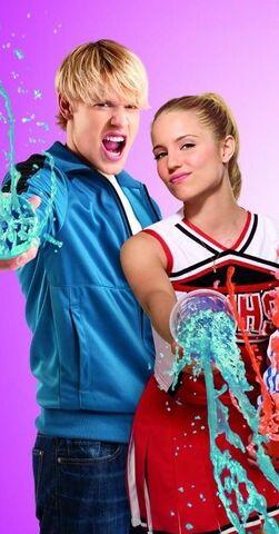 File:Sam and Quinn .jpg