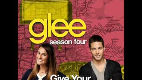 Glee - Give Your Heart A Break (Acapella)