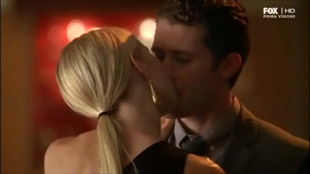 File:Hollister kiss.png