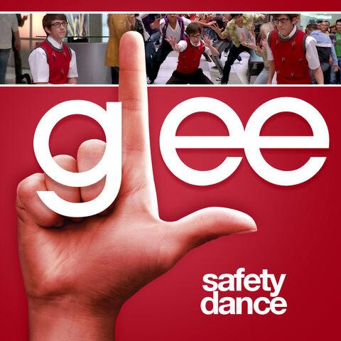 File:S01e19-02-safety-dance-04.jpg