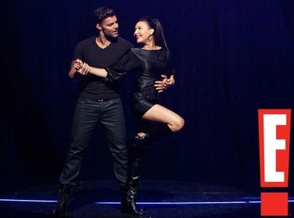 File:The Spanish Teacher Ep Naya Rivera & Ricky Martin looking as hot as ever during their performance of Madonnas La Isla Bonita..jpg