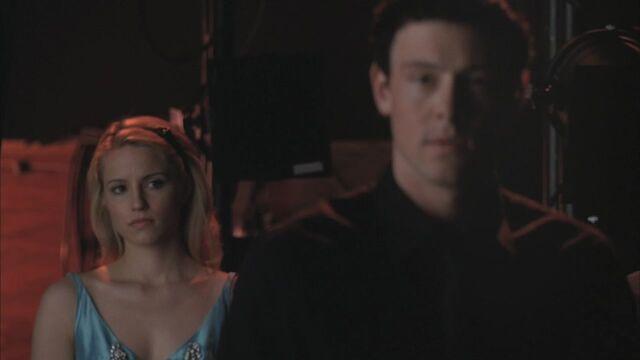 File:Quinn and Finn -).jpg