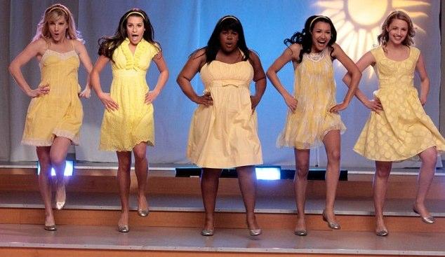 File:Glee girls yellow.jpg