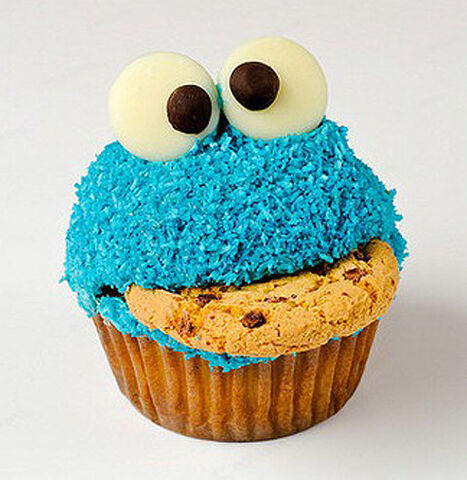 File:Cookie Monster Cupcake.jpg