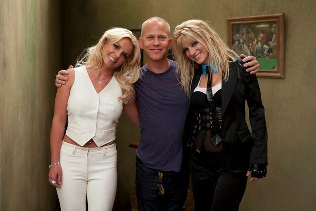 File:Britney spears heather morris.jpg