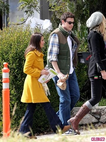 File:Cory-Monteith-and-Lea-Michele-Glee-4-435x580.jpg