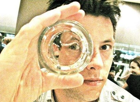 File:Cory through the looking glass.jpg