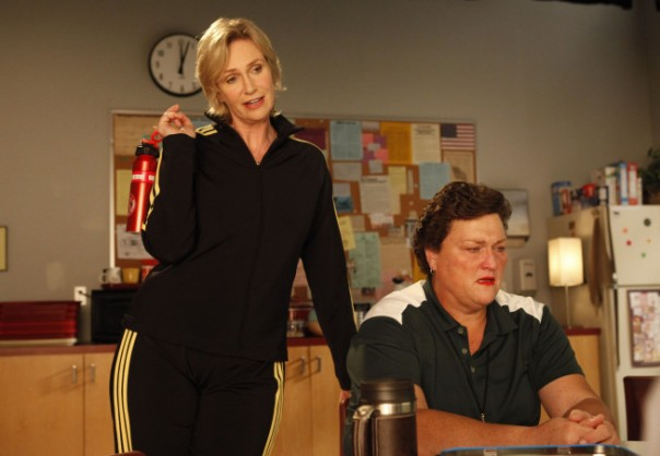 File:307gleeep307 scene17teacherslounge 0056.jpg