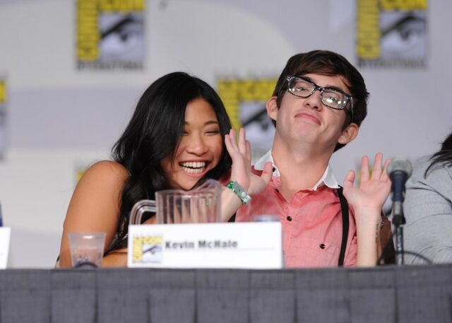 File:Glee-Comic-Con-Panel-2.jpg