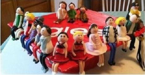 File:Glee Cake.jpg