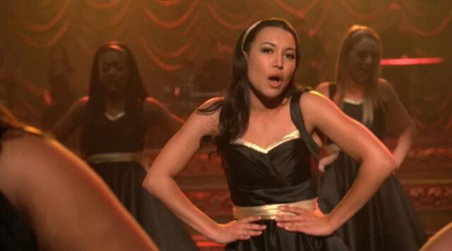 File:Glee full performance of what doesnt kill you stronger.jpg