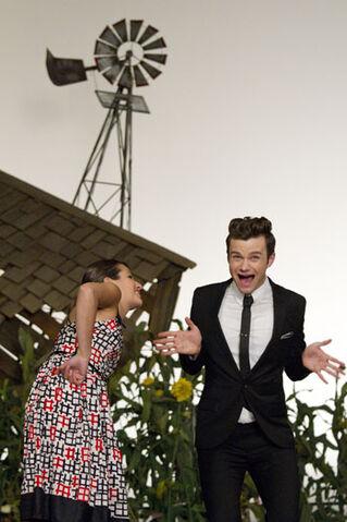 File:Glee-add-2-2011-a-p.jpg