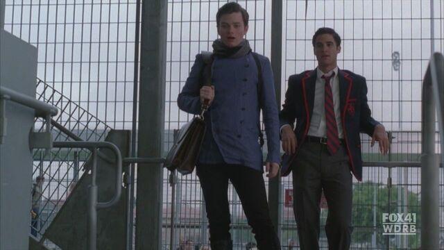 File:Kurt-Blaine-2x06-Never-Been-Kissed-kurt-and-blaine-16875296-1280-720.jpg