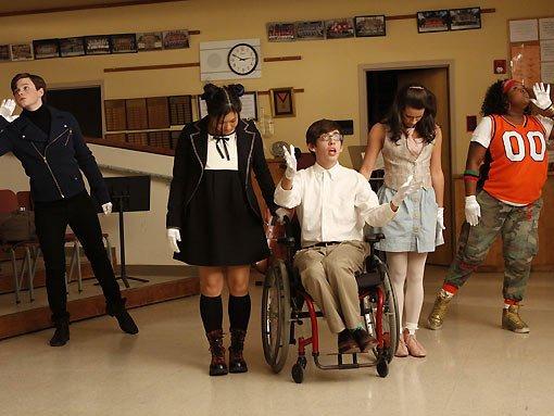 File:Glee pilot.jpg
