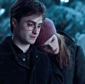 File:Harry and Hermione.png