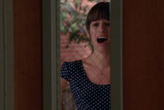 File:Glee1-rachel-alonetime2.jpg