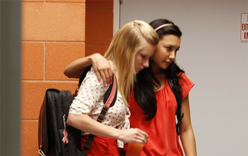 File:Brittana-2X19-brittany-and-santana-21546723-500-316.png