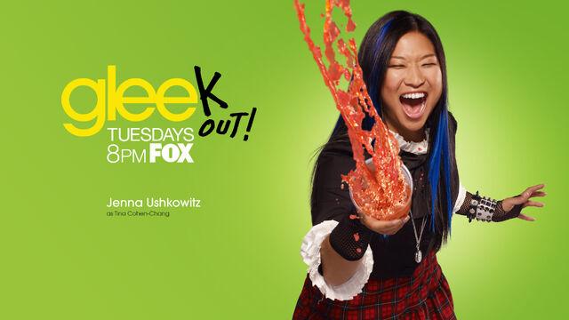 File:Glee-Season-2-glee-15799744-1920-1080.jpg