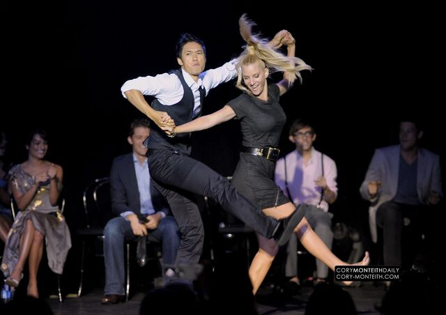 File:-FOX-s-Glee-Academy-An-Evening-of-Music-with-the-Cast-of-Glee-Show-glee-14259427-2000-1411.jpg