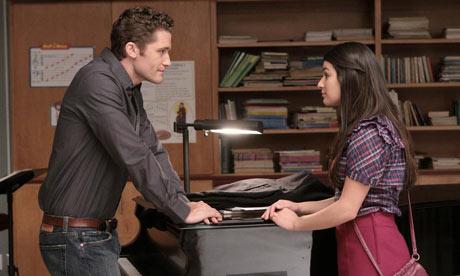 File:Glee-season-one-episode-1-0fghj01.jpg